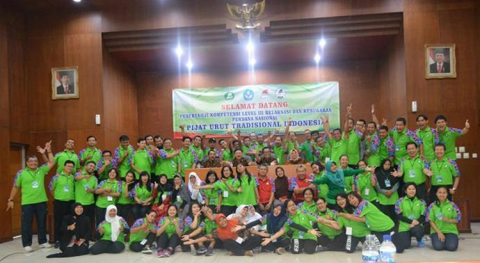 Uji Kompetensi Perdana Pijat Tradisional Indonesia Level 3 Relaksasi dan Kebugaran di Wisma Arga Mulya, Puncak, Bogor.